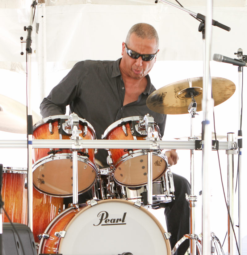 Pro drummer Jae Sinnett performs at the Festival.